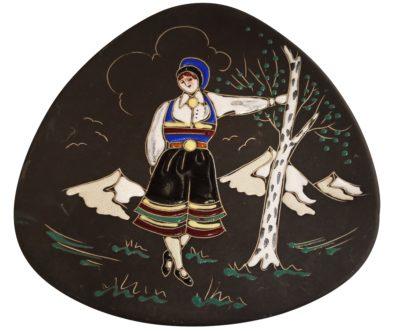 Arnold Wiig Fabrikker Norge folk art plate 737 - Scandinavian art pottery
