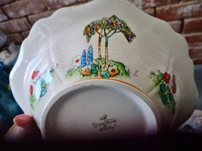 close of hand painted detail on Art Deco Crownford pottery tureen hand painted with tall trees and flowers from Antik Seramika Essex UK
