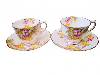 Royal Albert vintage clematis cups and saucers - vintage teaware at Antik Seramika