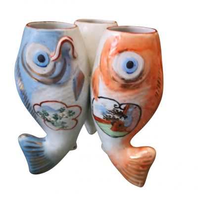 Kitsch hand painted Japanese 1930s triple Koi fish vase from Antik Seramika