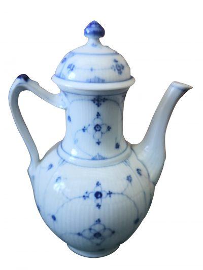 Samson Antique Les Immortelle coffee pot or tea pot - antique porcelain at Antik Seramika