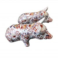 Pair of Chinese Imari vintage pottery pigs from Antik Seramika